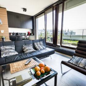 Gør din stue mere indbydende uden at investere en formue